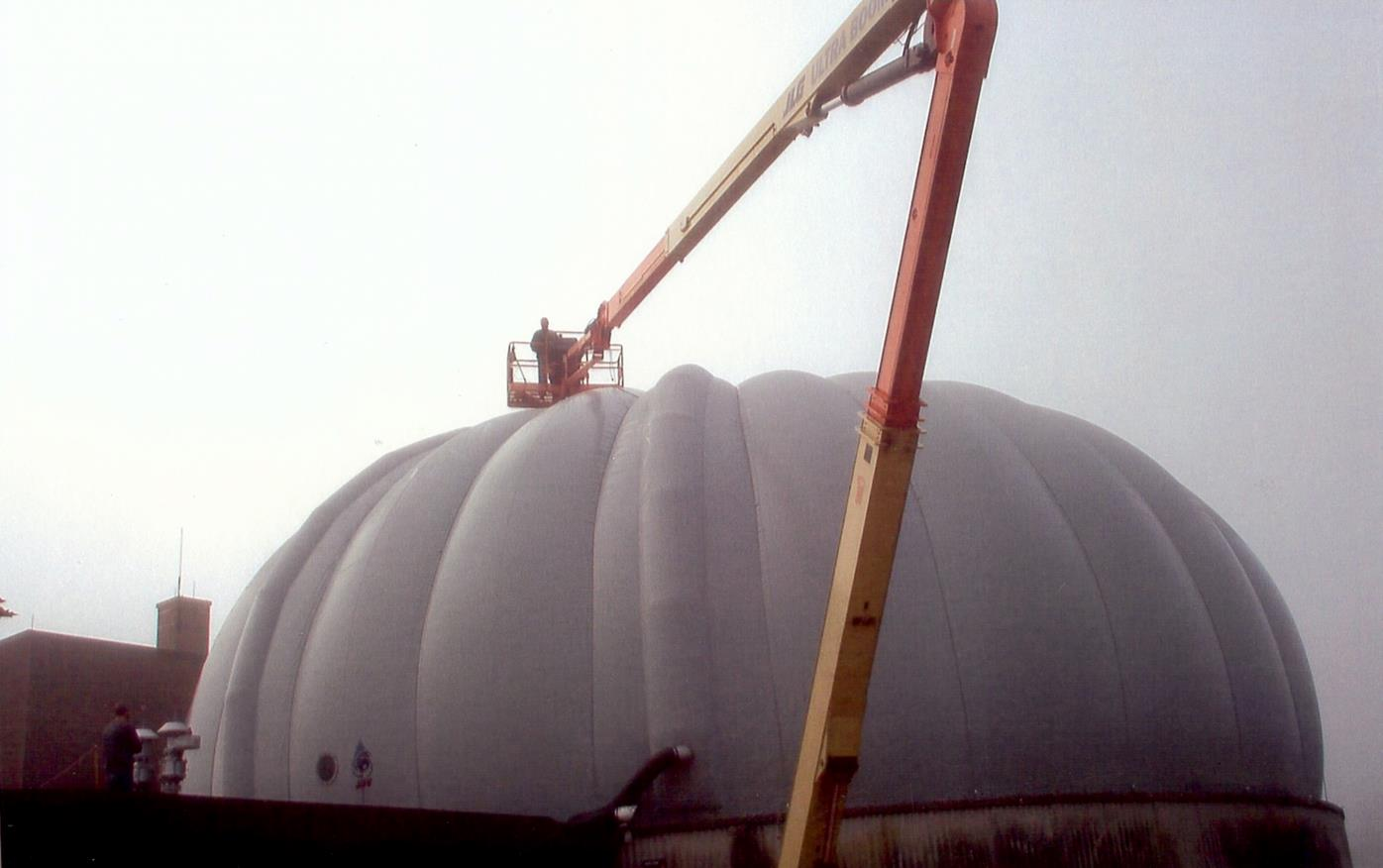 MEMBRANE DIGESTER COVER INSTALLATION